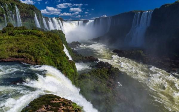 Iguacu-Falls